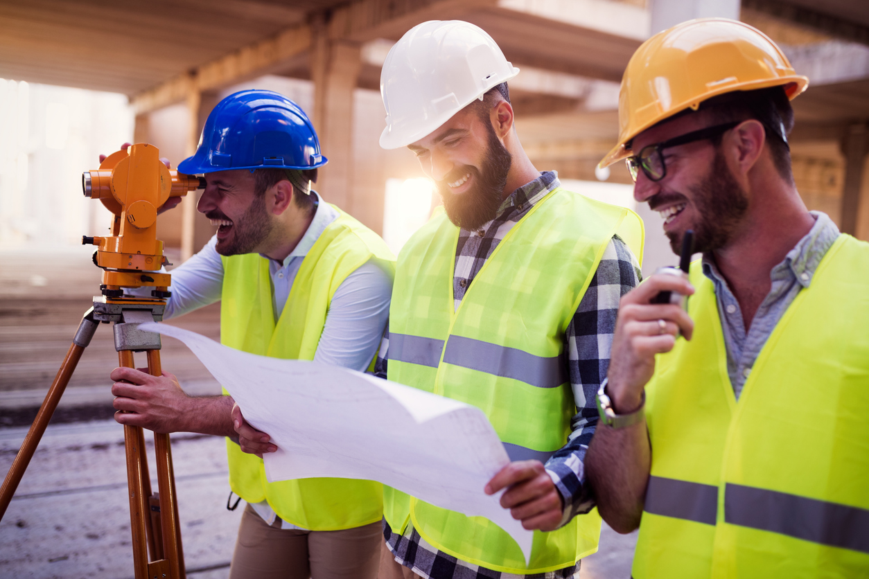 7 Essential Business Tips for Building Professionals